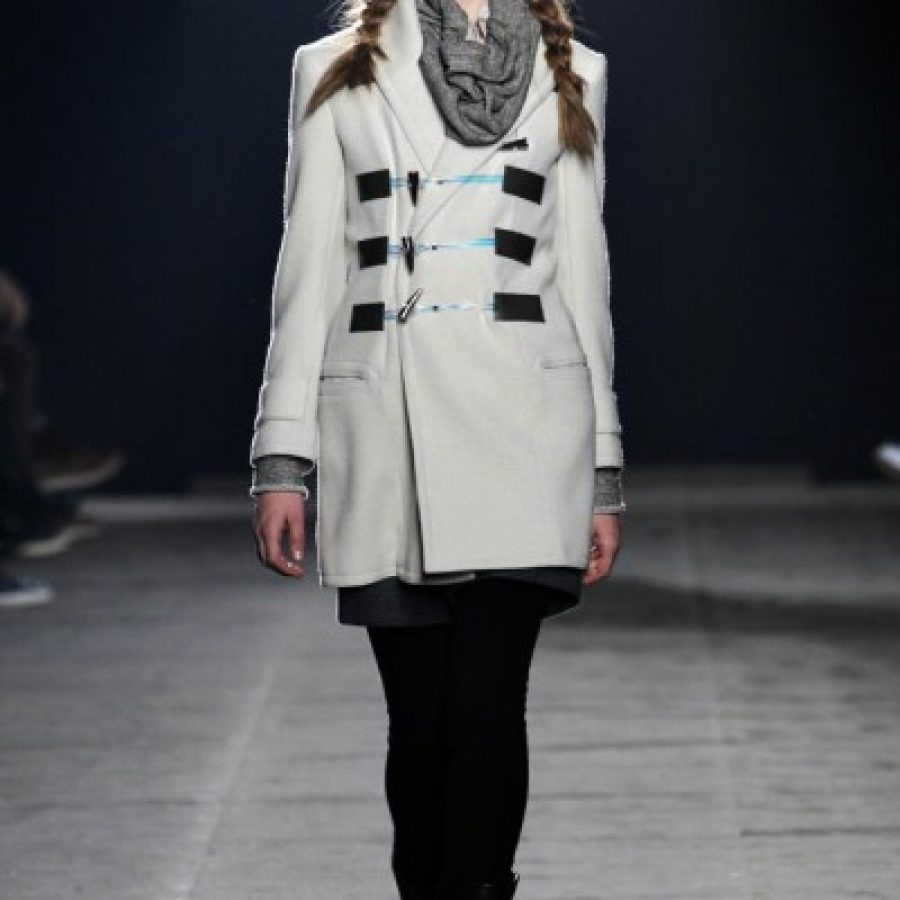 укороченное белое пальто
