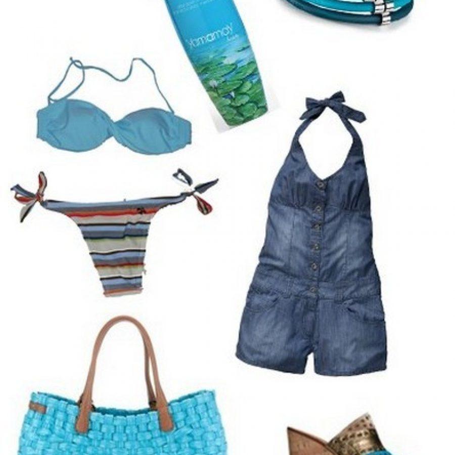 Синий пляжный ансамбль